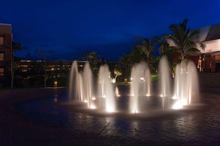 waterleiding: Mexico resort waterwerken in de nacht