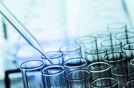 probówki laboratoryjne