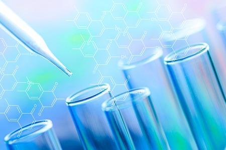 biotecnologia: tubos de ensayo de laboratorio de ciencia Foto de archivo