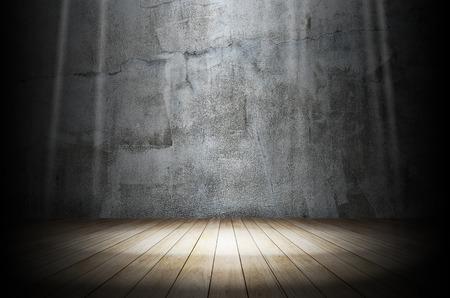 暗い部屋で光 写真素材