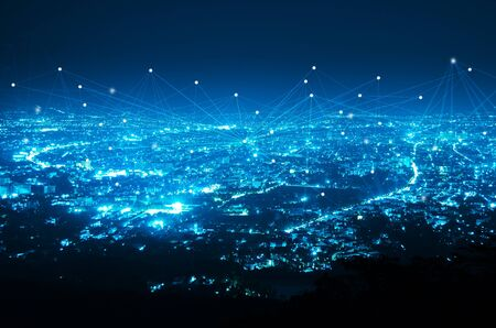 abstrakte Linienverbindung auf Nachtstadthintergrund Standard-Bild