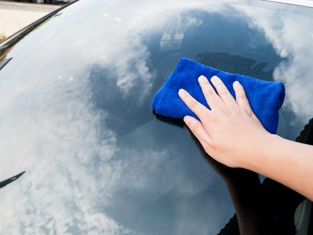 microfiber cloth: cleaning the car with microfiber cloth