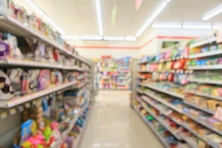 convenience store shelves interior blur for background Standard-Bild - 115763240