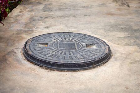 Système de traitement des déchets souterrain de fosse septique