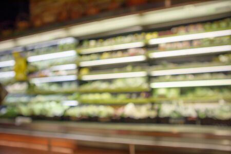 abstract blur organic fresh fruits and vegetable on grocery shelves in supermarket store defocused bokeh light background 版權商用圖片