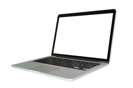 Ordinateur portable avec écran blanc isolé sur fond blanc