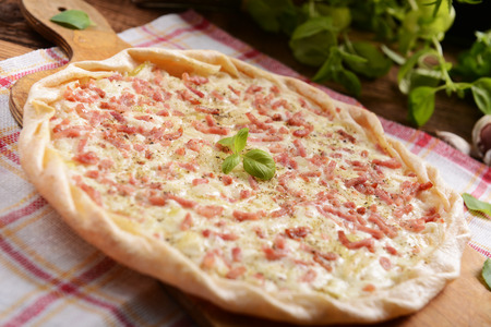 Traditional french tarte with onion and bacon Standard-Bild