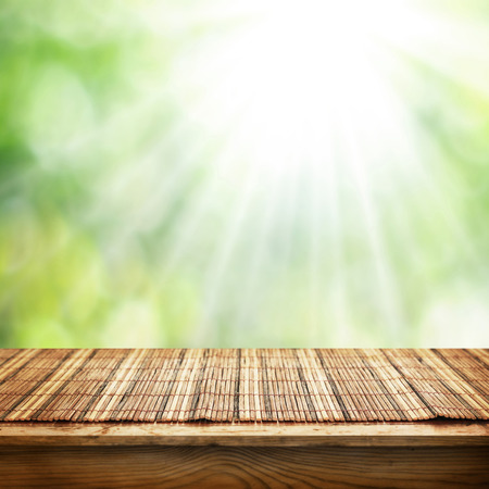 bambu: mesa vacía para montajes de visualización