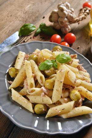 chunks: Pasta with tuna chunks and green olives