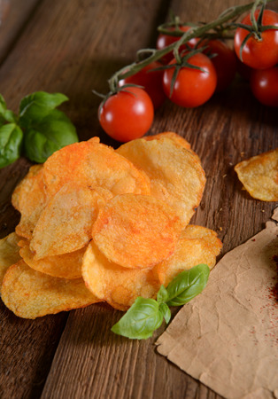 nosh: Potato chips- tomatoes and basil flavour