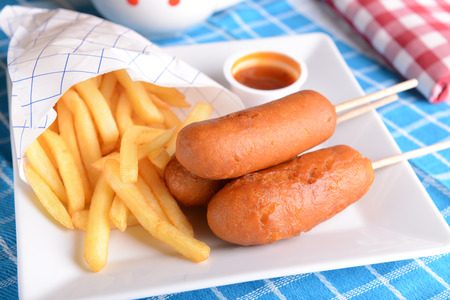 wiener dog: Corn dogs with fries