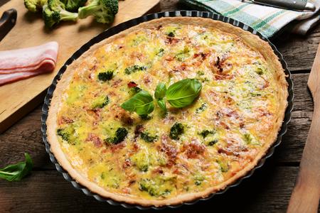 broccoli: quiche with broccoli and ham