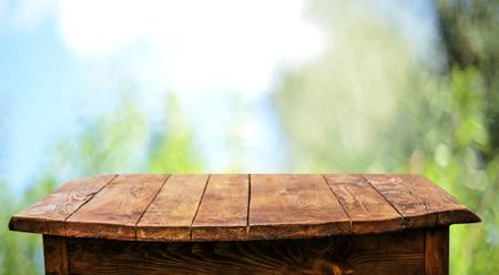 Fondo de mesa de madera vacía Foto de archivo - 93449788