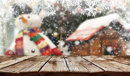 Empty old wooden table background - christmas background Standard-Bild