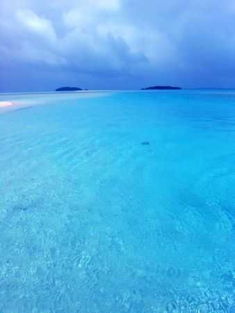 bask: Blue Lagoon in the Cook Islands Stock Photo