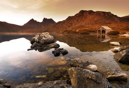tasmania: Sunrise over Dove Lake, Tasmania Stock Photo
