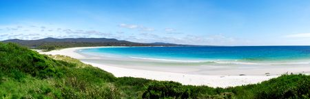 panoramic beach: Binalong Bay - East coast of tasmania