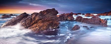 호주 남부 해안에서 화려한 일몰