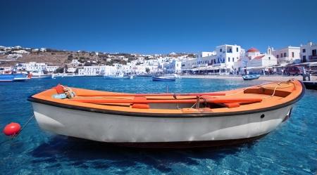 mykonos: Row boat in Mykonos