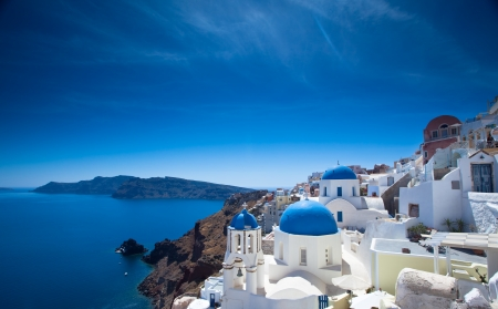 stunning: Gorgeous Santorini scene in the late afternoon