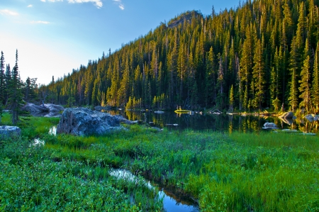Sunrise Over Dream Lake in Rocky Mountains National Park Stock Photo - 15298562