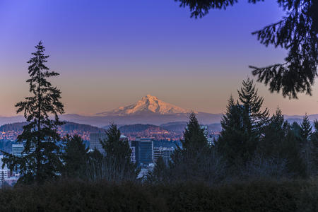 Mt Hood at Sunset with Portland City Center Фото со стока