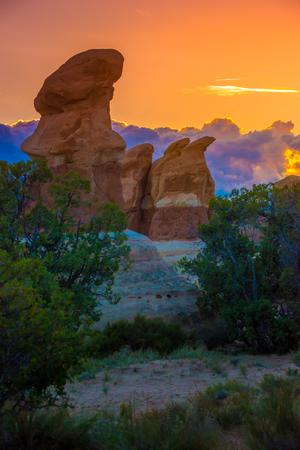 the devils garden: Devils Garden hoodoos after sunset, Grand Staircase Escalante National Monument, Utah