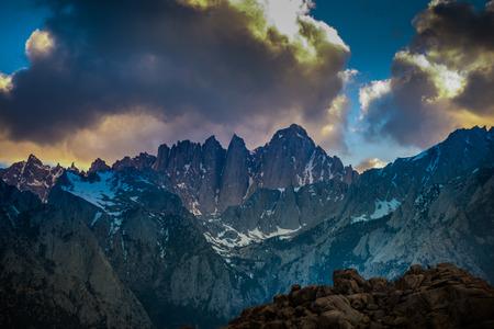 シエラ ・ ネバダ山脈東部山ホイットニー カリフォルニア州アメリカ合衆国 写真素材