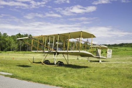 1910 HENRI FARMAN III vintage biplane on grass runway