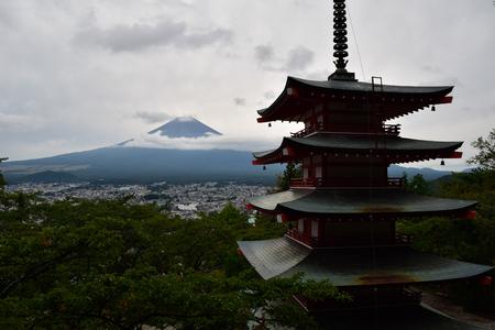 Mt. Fuji over a Pagoda in Summer Sajtókép