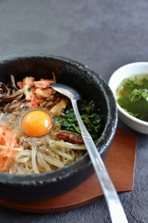 Hot stone-bowl pibimpap