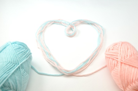 Heart made of woolen yarn Stock Photo - 18240352