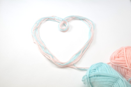 Heart made of woolen yarn Stock Photo - 18240346