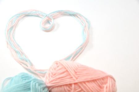 Heart made of woolen yarn Stock Photo - 18240353
