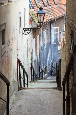 A path in an old european city, Zagreb (Croatia), leading downstairs Imagens - 26275023
