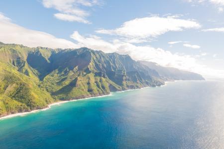 Napali coast of Kauai (Hawaii) seen from above Imagens - 90266497