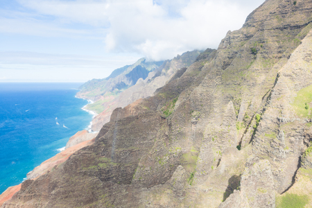 Napali coast of Kauai (Hawaii) seen from above Imagens - 89701647