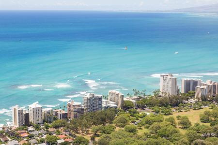 Waterfront with large buildings near Diamond Head from above on Oahu, Hawaii Imagens - 89619257