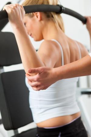 fisioterapia: Paciente en la fisioterapia