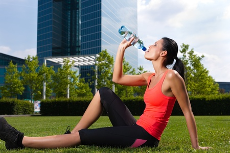 Urban sports - fitness in the city on a beautiful summer day Stock Photo - 11529693