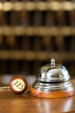 reservacion: Recepci�n - Campana Hotel y clave sobre el escritorio