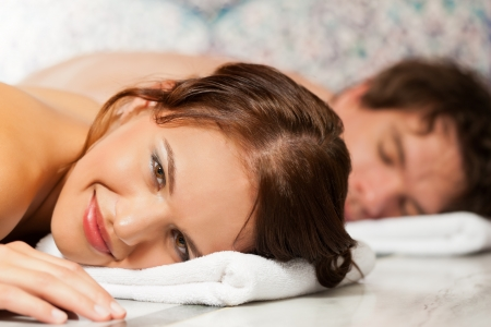 couples therapy: Wellness - couple getting a massage