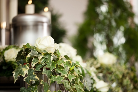 funeral parlor: Religion, death and dolor  - funeral and cemetery; urn funeral