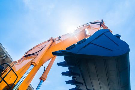 Fuhrpark mit Baumaschinen der Gebäude oder Bergbauunternehmen