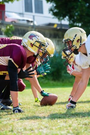 linemen: American football game - attack in progress
