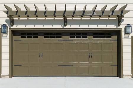 Car garage doors Фото со стока - 47255195