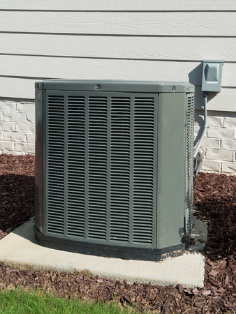 AC unit connected to the residential house Standard-Bild