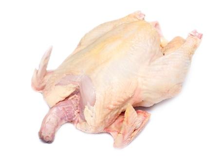 carcasse: Carcasse du poulet entier pr�t � la pr�paration sur un fond blanc Banque d'images