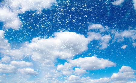 Gocce d'acqua cielo nuvole Archivio Fotografico - 35354969