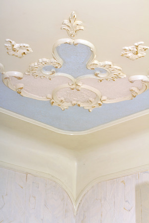 corner wall ceiling photo